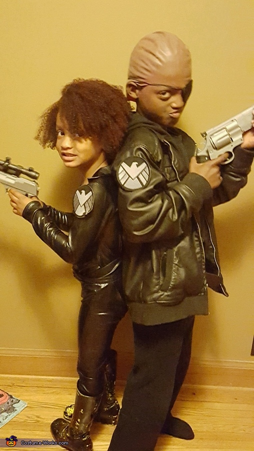 Nick Fury and Black widow, Avengers Family Costume