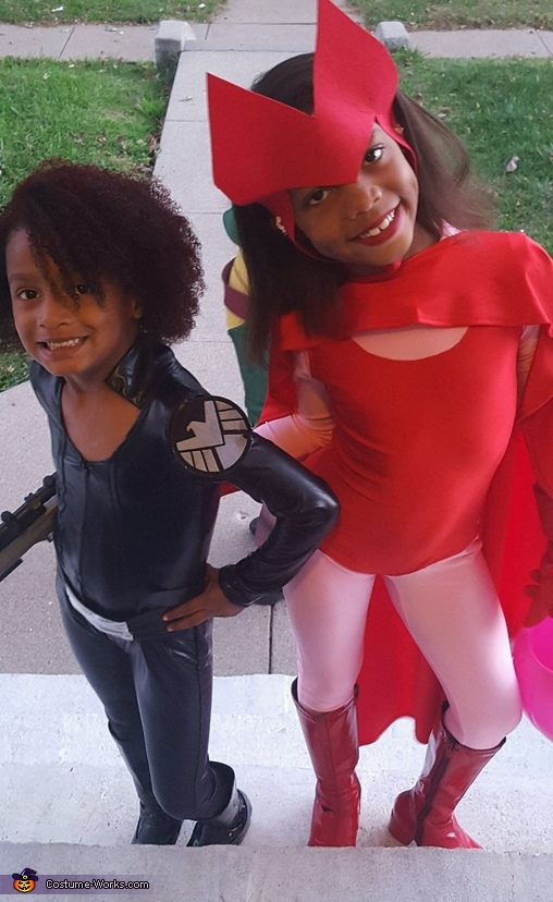 Black Widow and Scarlet Witch, Avengers Family Costume