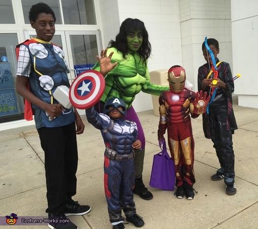 Avengers!, Avengers Family Costume
