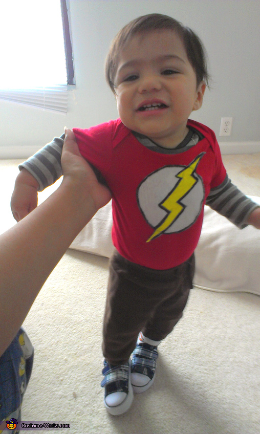Baby Sheldon Cooper - Homemade costumes for babies