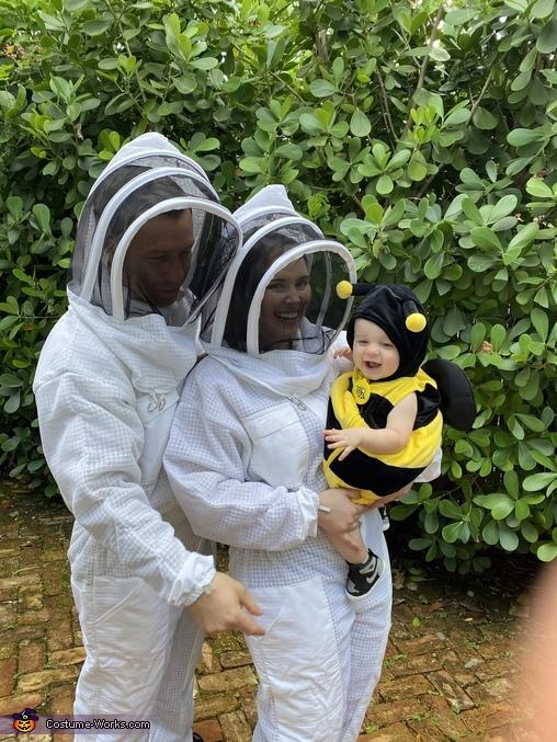 Baby Bee & His Beekeepers Costume