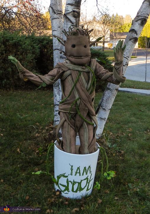 Baby Dancing Groot Costume