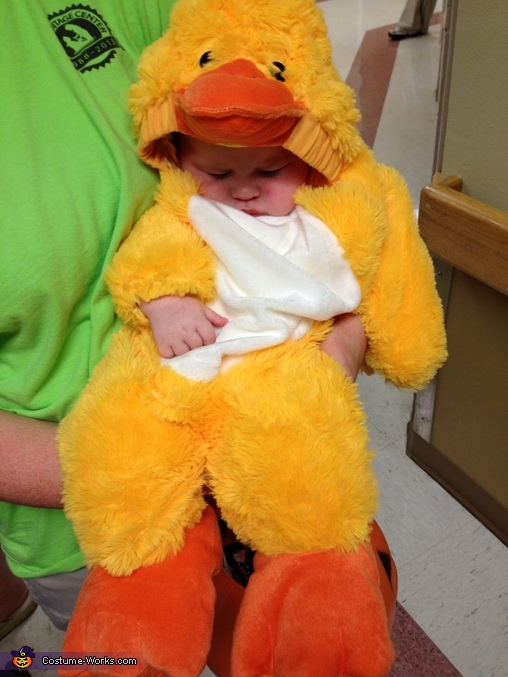 Sleepy duck, Baby Duck Costume