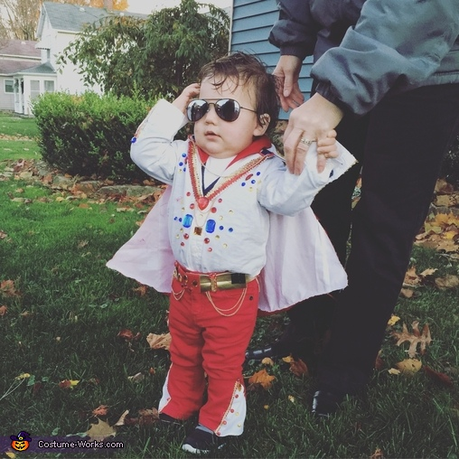 Hunka hunka, Baby Elvis Costume
