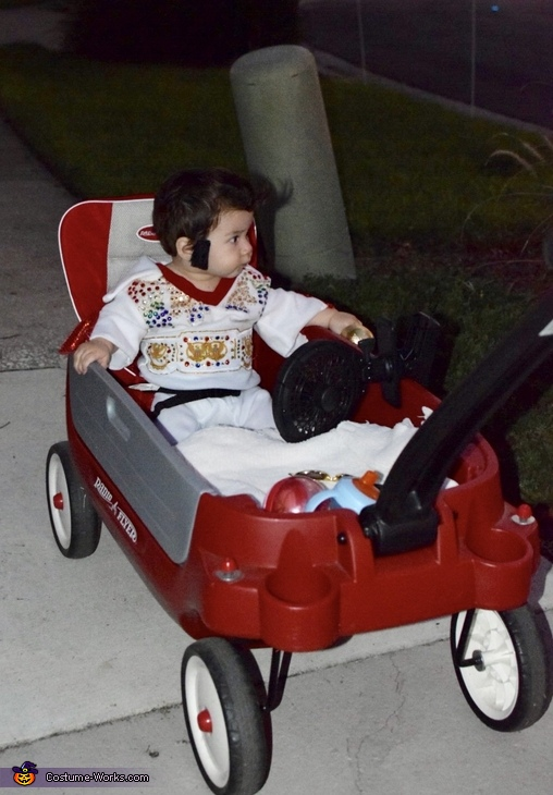 Cadillac, Baby Elvis Costume