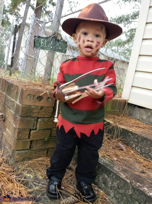 sc 1 st  Costume Works & Baby Freddy Krueger Costume