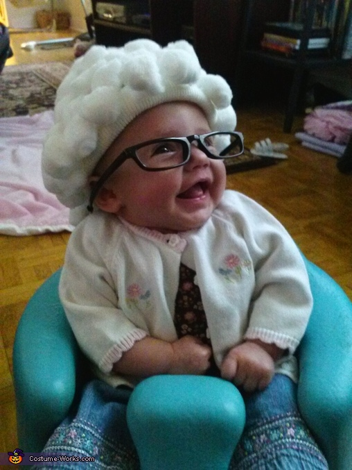laughing granny Baby Grandma Costume  sc 1 st  Costume Works & Baby Grandma Cute Costume Idea - Photo 2/2