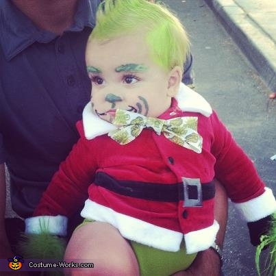 Paxton as baby gring, Baby Grinch and Cindy Lou Who Costumes