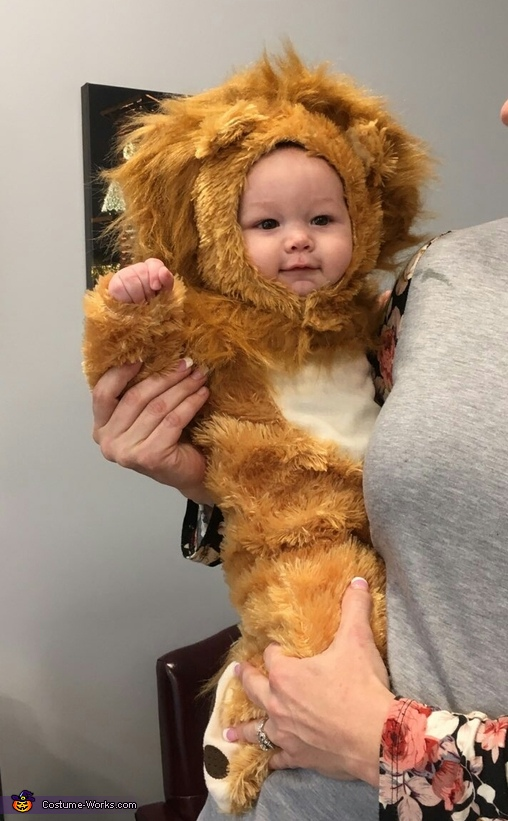 Chillaxed Lion, Baby Lion Kenny Costume