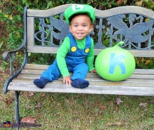 Baby Luigi Costume