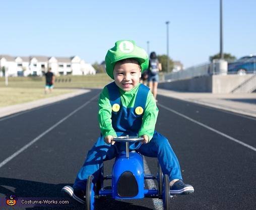baby luigi, Baby Mario Kart Costume