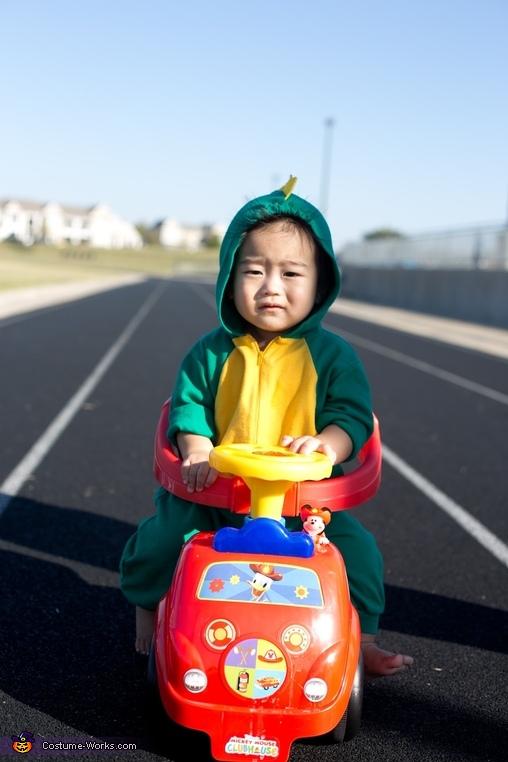 baby yoshi, Baby Mario Kart Costume