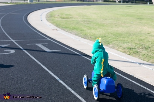come on baby yoshi! , Baby Mario Kart Costume