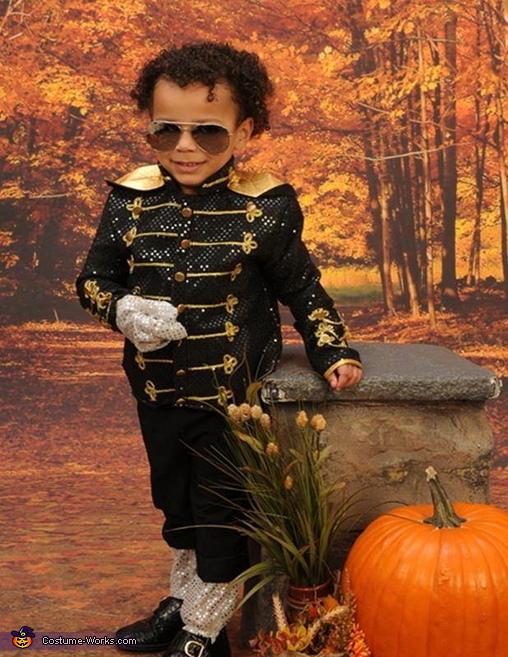 MJ, Baby MJ Costume