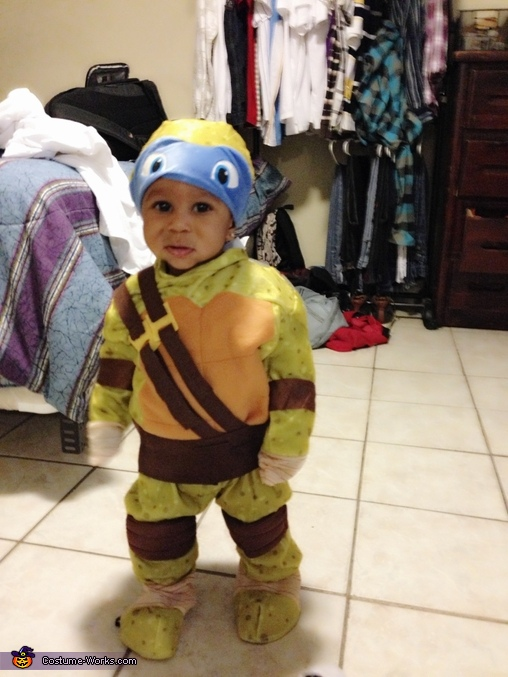 More pictures, Baby Ninja Turtle Leonardo Costume