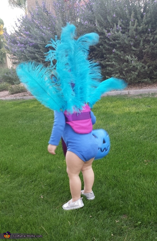 Back of Peacock Backpiece, Baby Peacock Costume