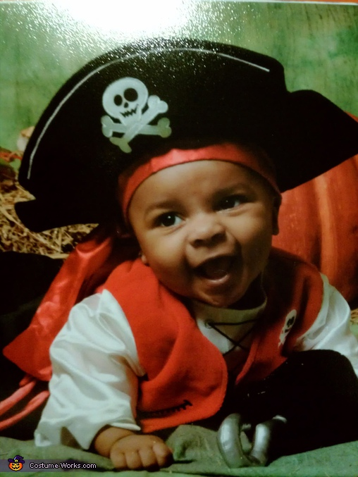 Baby Pirate - Homemade costumes for babies