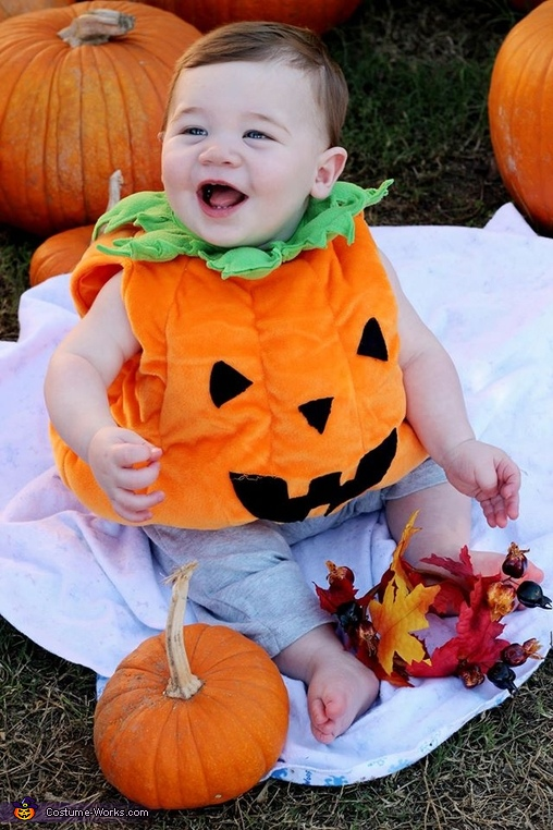 The Cutest Baby Pumpkin Costume