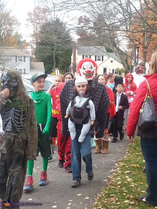 School parade, Baby Snatcher or Baby Abductor Costume