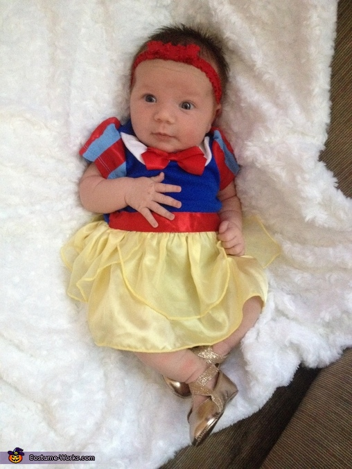 Baby Snow White Costume  sc 1 st  Costume Works & Cute Baby Snow White Costume