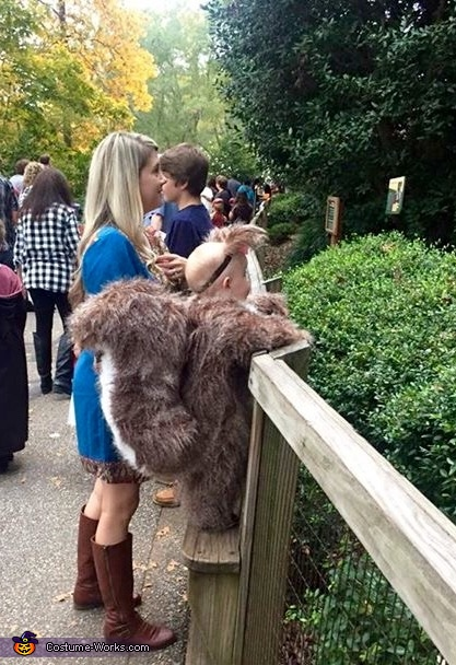 Squirrels love the zoo, Baby Squirrel Costume