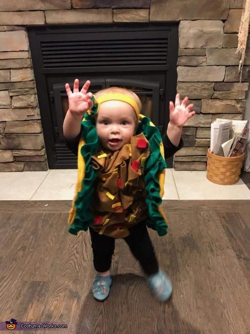 'So big!', Baby Taco Costume