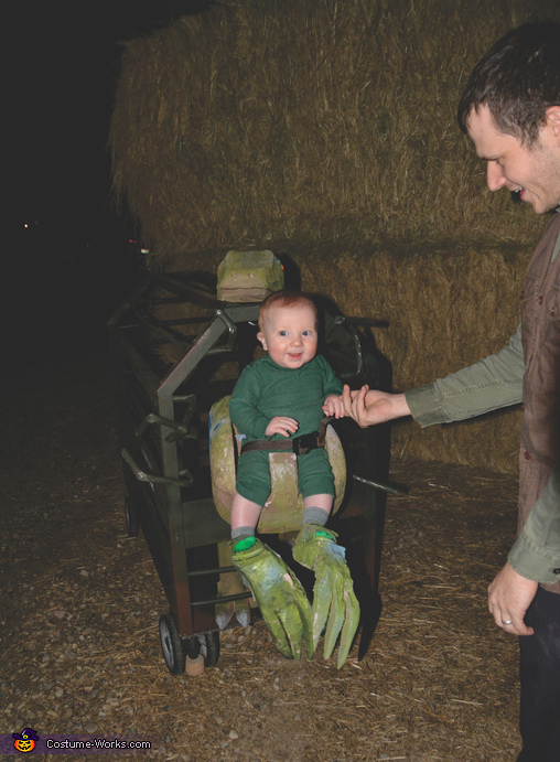 Happy Baby Velociraptor, Baby Velociraptor Costume