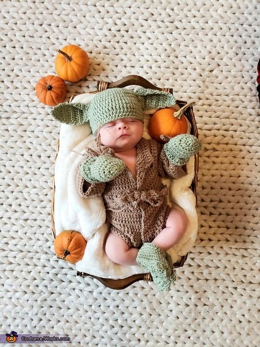 Baby Yoda Homemade Costume