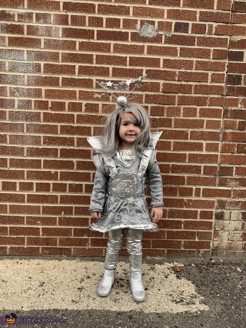 Jana Lana Planet, Back From the Future Costume
