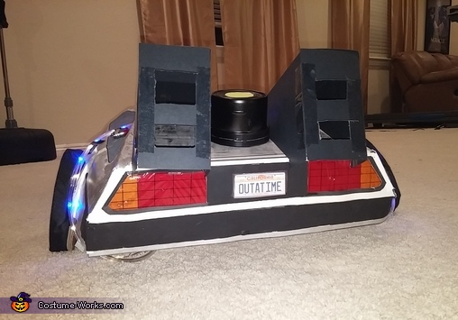 Delorean rear view, Back to the Future Delorean Time Machine Costume