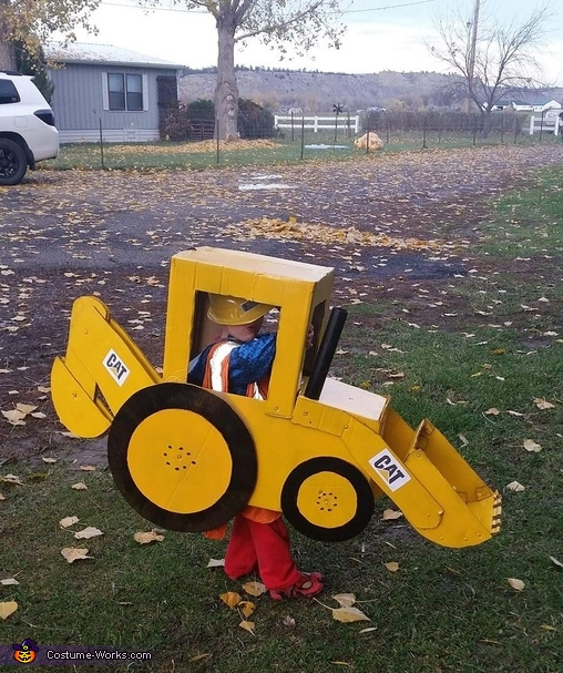 DIY Backhoe Costume