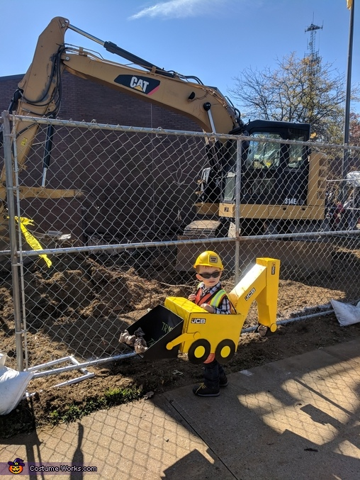 Backhoe with an Excavator, Backhoe Costume