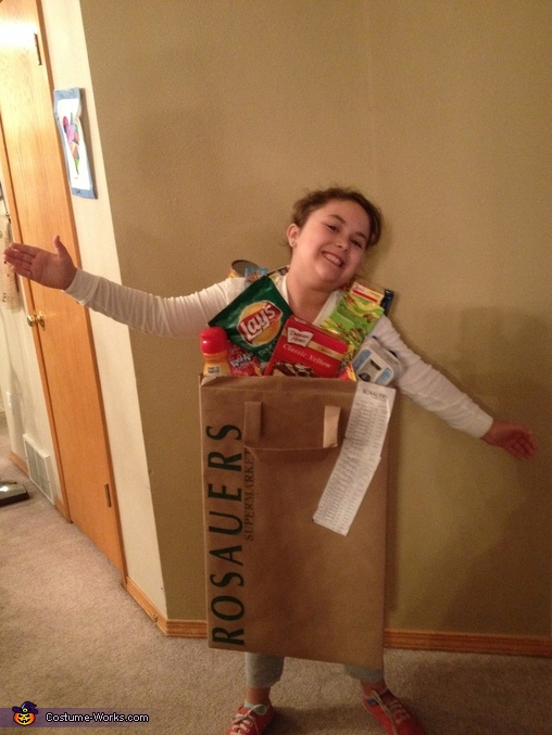 My bag o' groceries, Bag of Groceries Costume