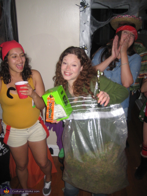 "I won best costume, ""I'd like to thank my dad"" j/k, Bag of Weed Costume"