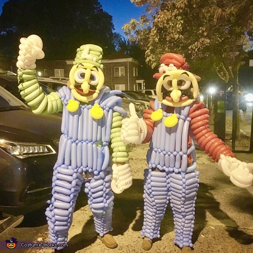 Balloon Mario & Luigi Costume
