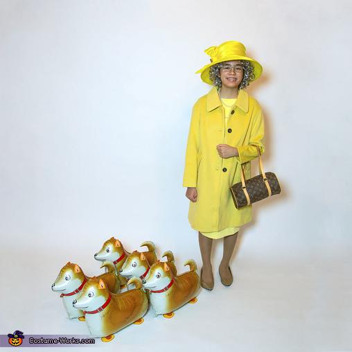 Queen of England with Corgi Balloons, Balloons Galore Family Costume