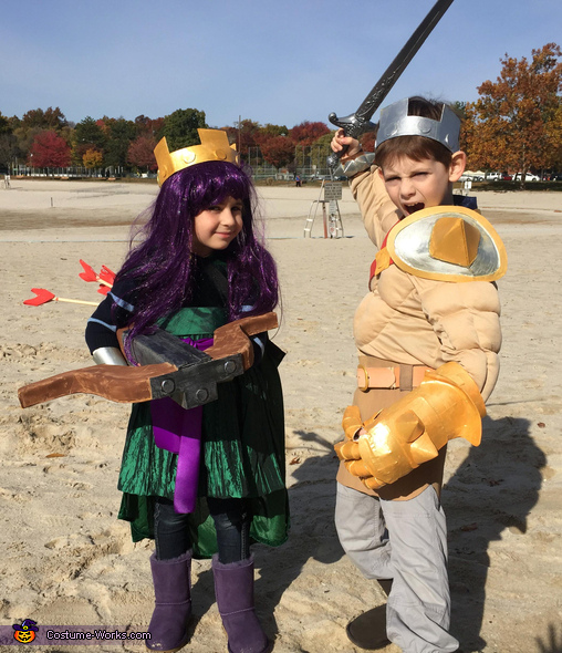 Barbarian King and Archer Queen, Clash of Clans Family Costume