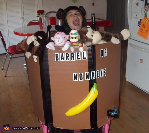 Barrel of Monkeys Costume