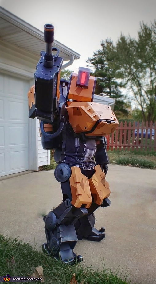 Pose, Bastion Costume