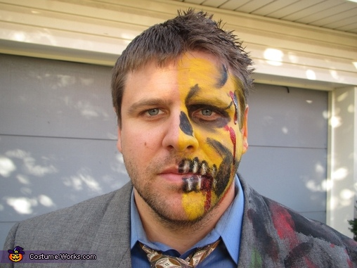 Two-Face, Batman Family Costume