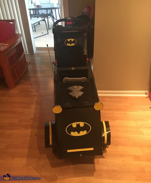 Batmobile, Batman in Batmobile with Joker Costume