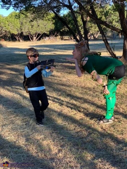 Mr Freeze vs Poison Ivy, Batman Villains Costume