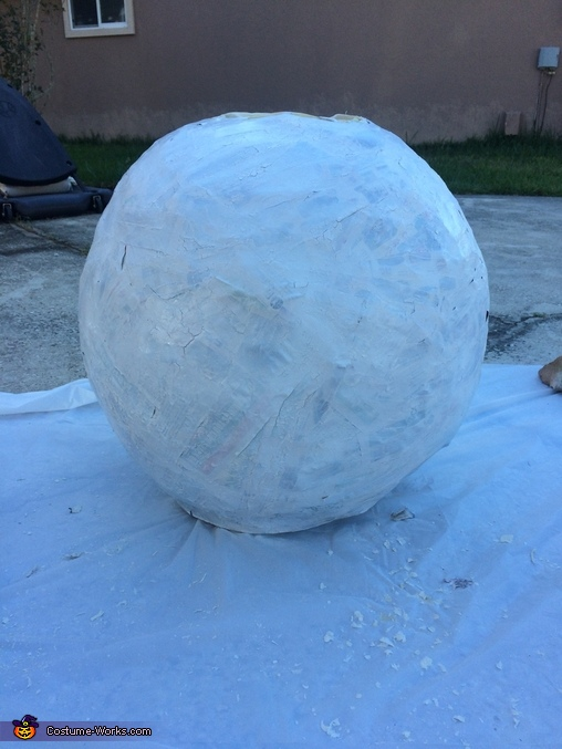 Start painting, BB-8 Costume