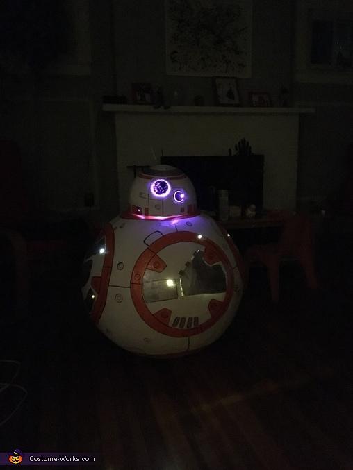 the lightening, BB-8 Costume