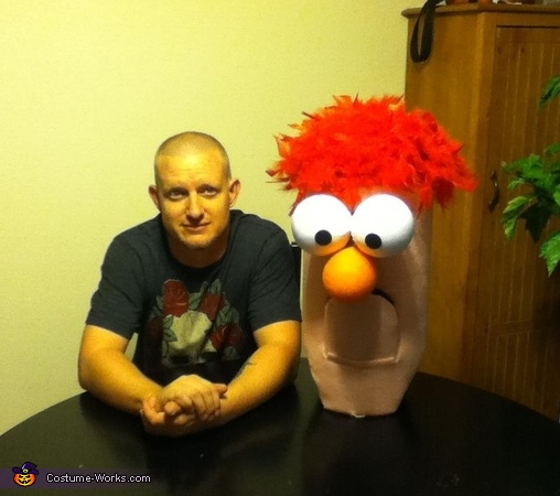 Nathan and Beaker, Beaker Costume