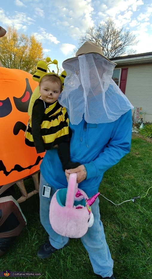 Beautiful Bumble Bee and her keeper, Beautiful Bumble Bee Costume
