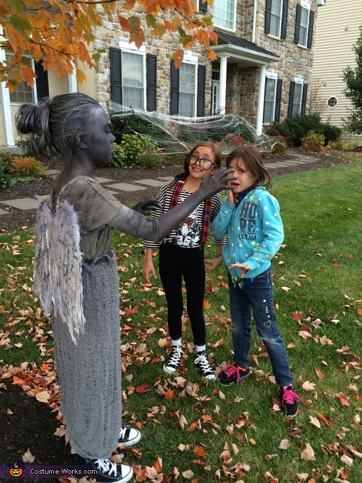 A couple of terrified sisters. , Beautiful Weeping Angel Costume