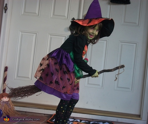 Beautiful Witch Costume  sc 1 st  Costume Works & Beautiful Witch Costume for Girls