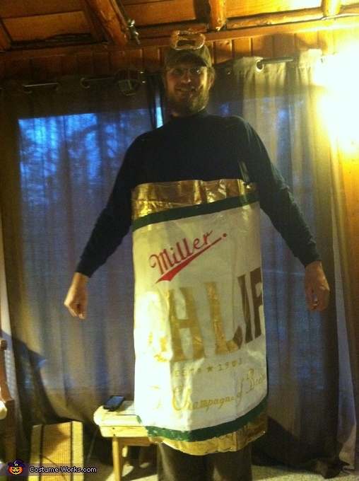 Miller High Life Beer Can, Miller High Life Beer Can and Girl in the Moon Couple Costume