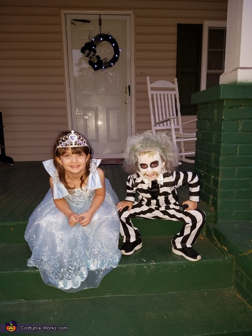 Charlie and her friend., Beetlejuice Costume